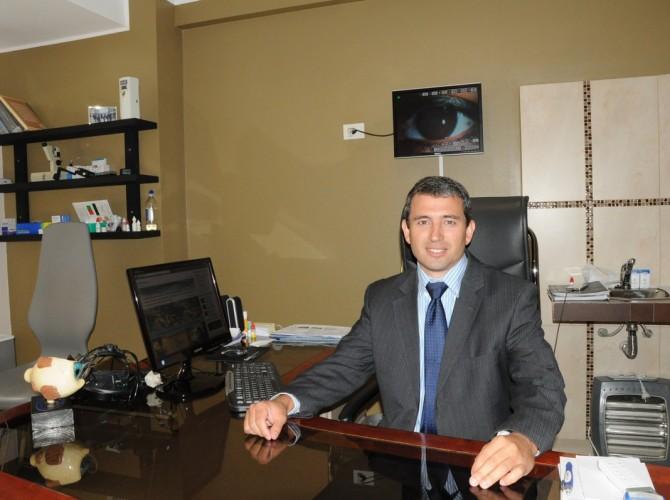 Dr. Gonzalo Repiso